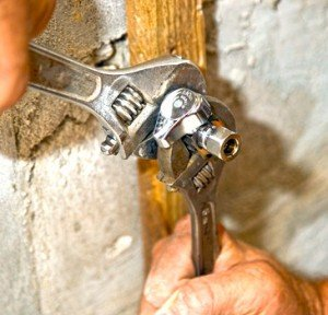 plumber providing services in toronto