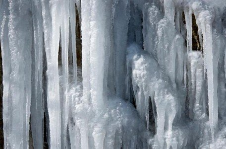 frozen mississauga pipes