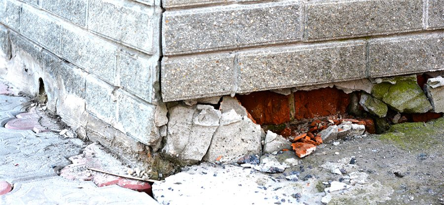 severely damaged foundation of toronto home